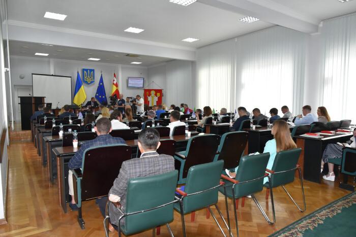 Депутати Луцькради звернулися до центральної влади щодо недопущення подорожчання природного газу та електроенергії