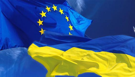 Євроінтеграцію підтримують 56 % українців, вступ до НАТО – 51 %