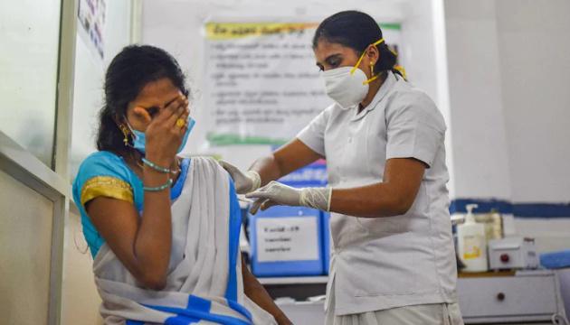 В Індії до дня народження прем'єра зробили рекордну кількість COVID-щеплень