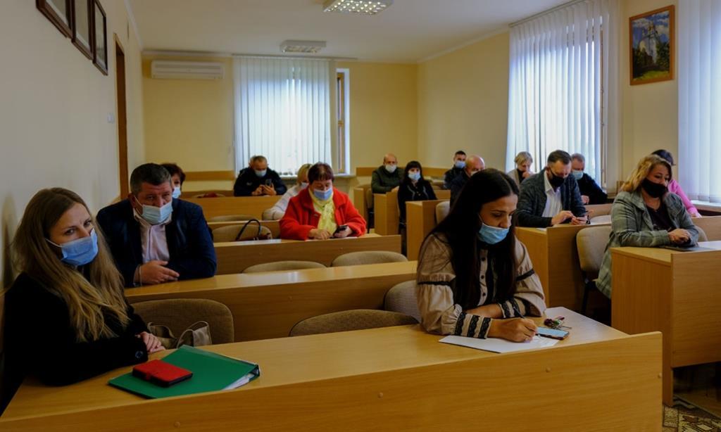 Очне навчання в освітніх закладах Нововолинської громади продовжили до понеділка