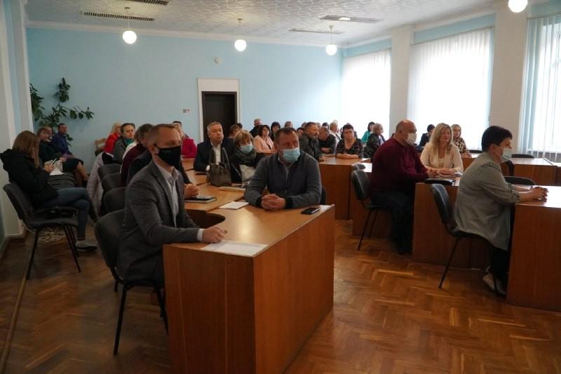 У Володимирі-Волинському представили нових начальників відділів управління з гуманітарних питань