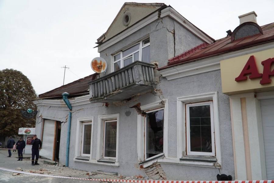 У Володимирі-Волинському під землю провалилася аптека