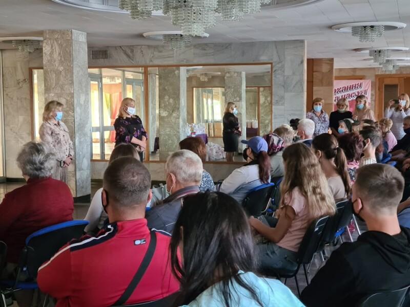 У Луцьку сім'ї, які потребують особливої соціальної підтримки, отримали продуктові набори від ВОБФ «Дитяча місія. Україна»