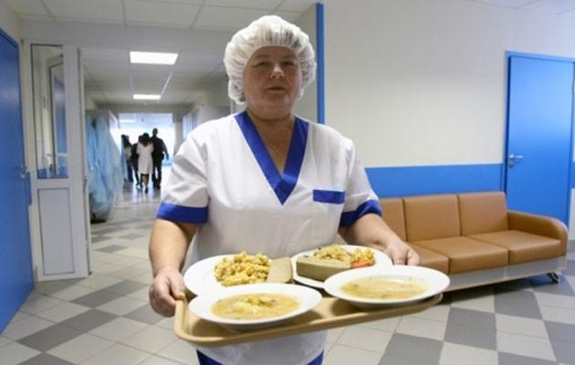 У Луцьку витратять півмільйона на постачання їжі для пацієнтів із COVID-19