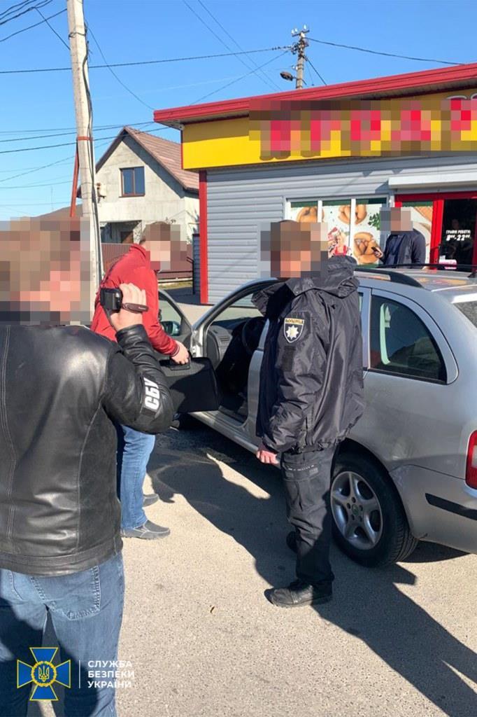 СБУ на Волині викрила керівника-поліцейського на вживанні та розповсюдженні наркотиків та психотропів