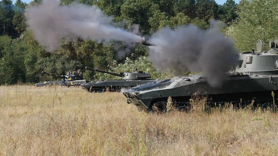 Біля Криму морпіхи з «Гвоздиками» тренувалися знищувати ворожий десант