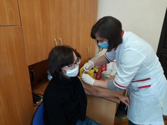 У Ковельському районі організували виїзд мобільних медичних бригад на відділення «Укрпошти»