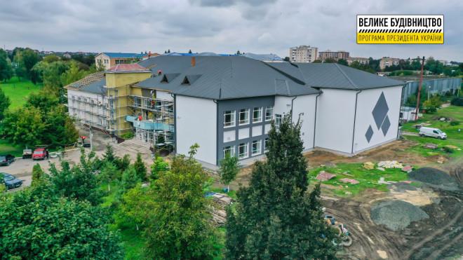 У Луцьку триває реконструкція спортивного комплексу Луцького НТУ