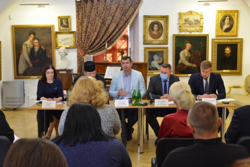 У Луцьку готуються до відзначення 600-річчя з'їзду європейських монархів