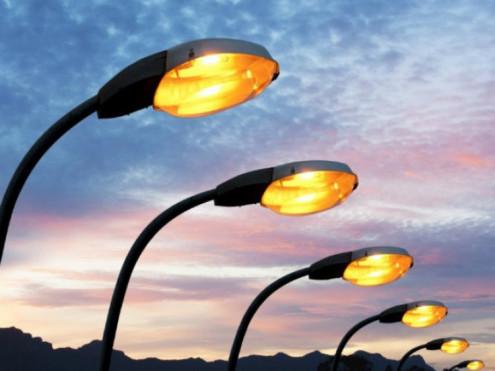 У селі Шацької громади реконструюють вуличне освітлення