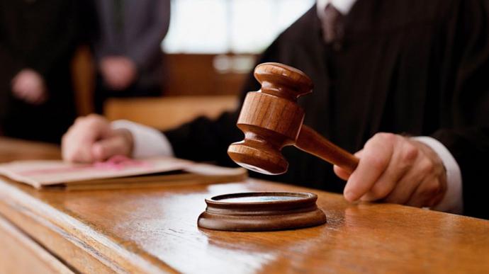 На Волині засудили псевдопрацівницю соціальної служби, яка обкрадала й грабувала пенсіонерів